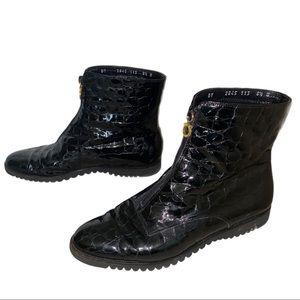 Salvatore Ferragamo Black Ankle Boots | 8.5